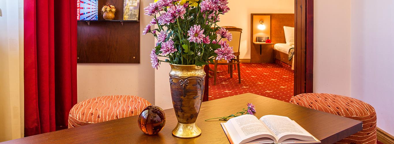 Villa_Boyana_Head_Suite_3.jpg
